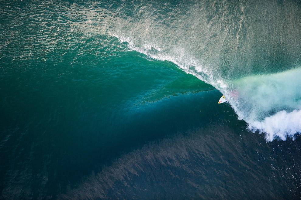 Гавайский серфер