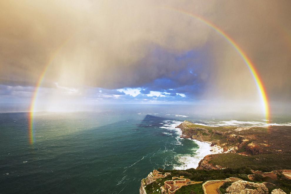 Радуга на мысе Пойнт, Южная Африка
