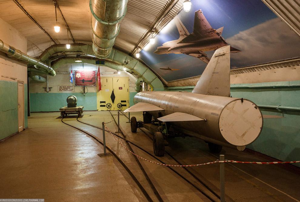 Реальный фрагмент корпуса подводной лодки проекта 690 «Кефаль»