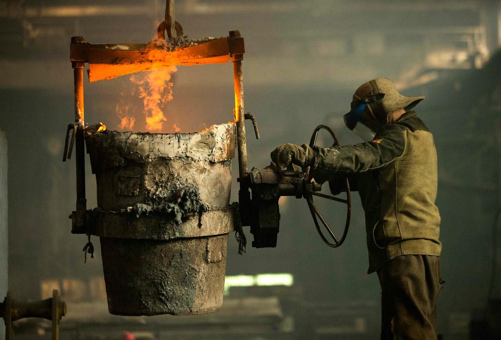 Сталелитейный цех в Бобруйске (том самом), Белоруссия