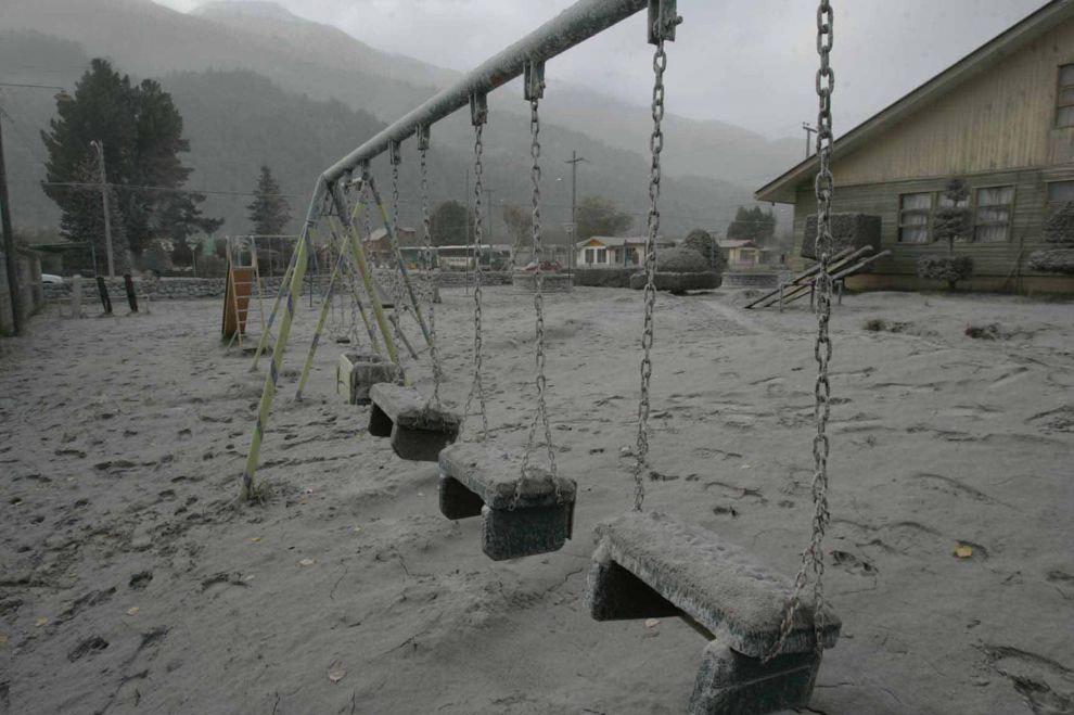 Вулкан Чайтен в Чили предъявил на нее свои права
