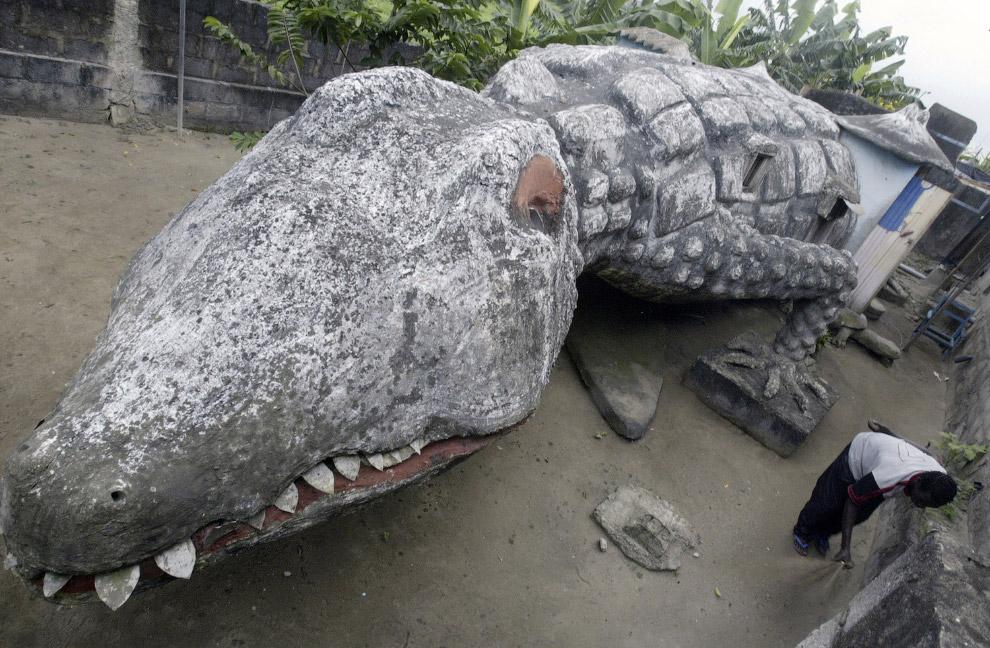 Дом-крокодил в Абиджане, Кот-д'Ивуар