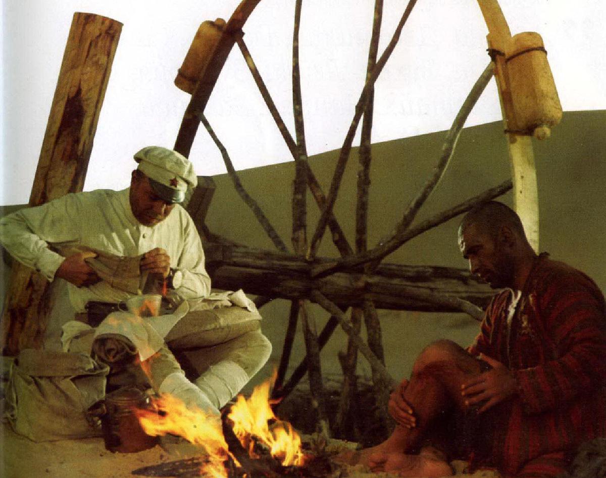 Анатолий Кузнецов и Спартак Мишулин на съёмках «Белого солнца пустыни»