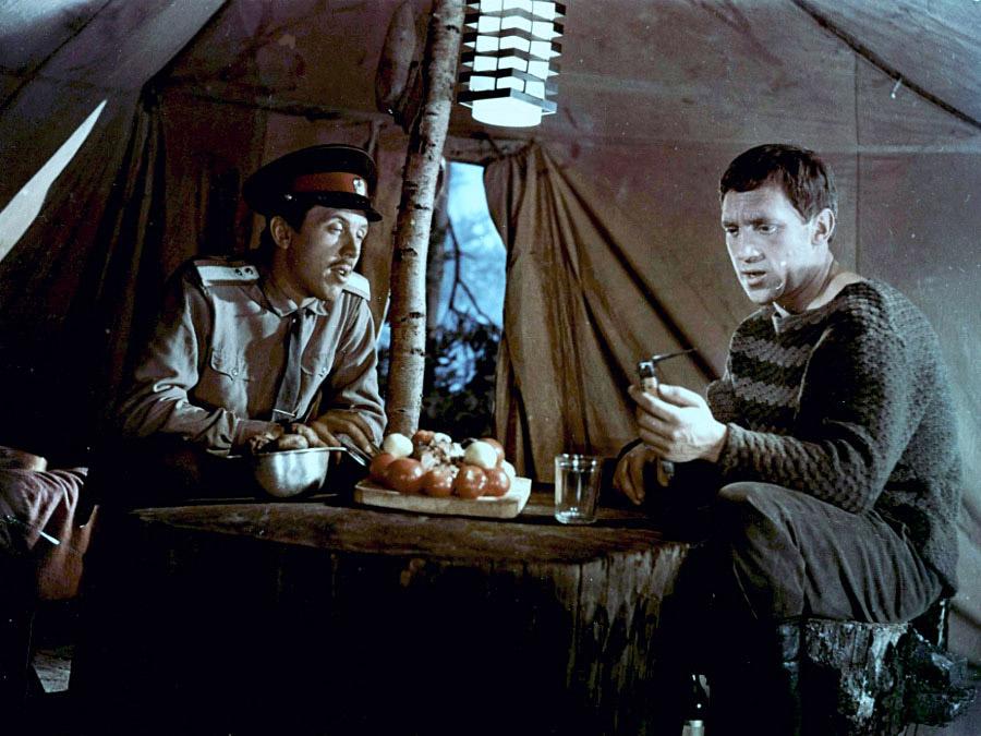 Владимир Высоцкий и Валерий Золотухин на съёмках фильма «Хозяин Тайги»