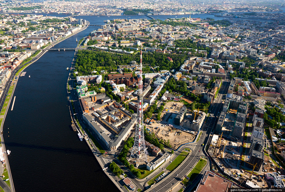 Телевизионная башня Ленинградского радиотелевизионного передающего центра.