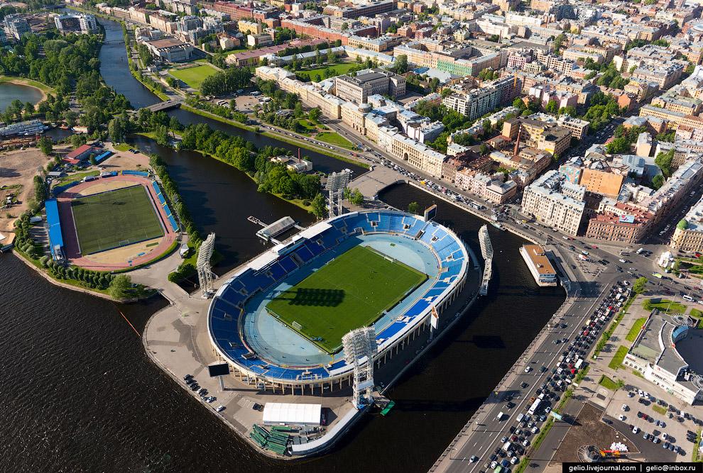 Стадион «Петровский». Является домашней ареной ФК «Зенит».