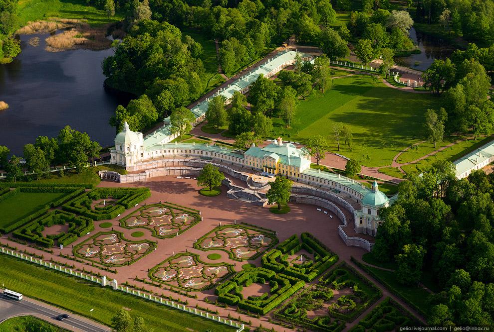 Большой Меншиковский дворец.