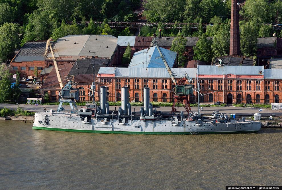 Крейсер «Аврора» на реставрации.