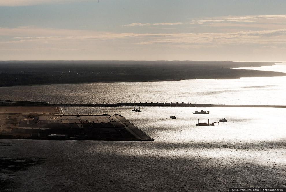Строительство морского порта «Бронка».