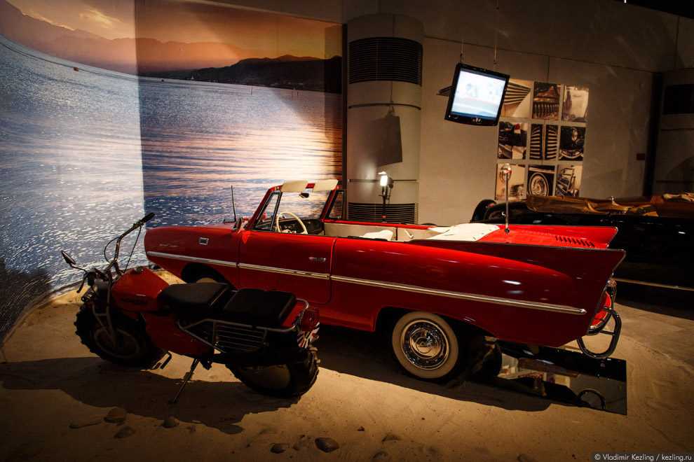 Amphicar, «The Car that Swims»