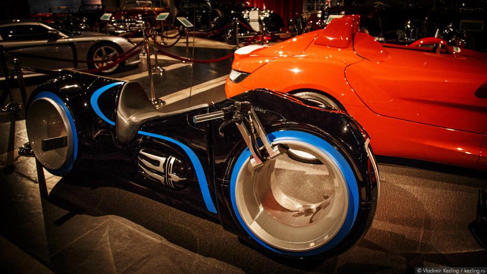Xenon Light Electric Bike