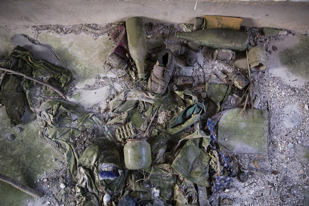 Вещи в заброшенном доме