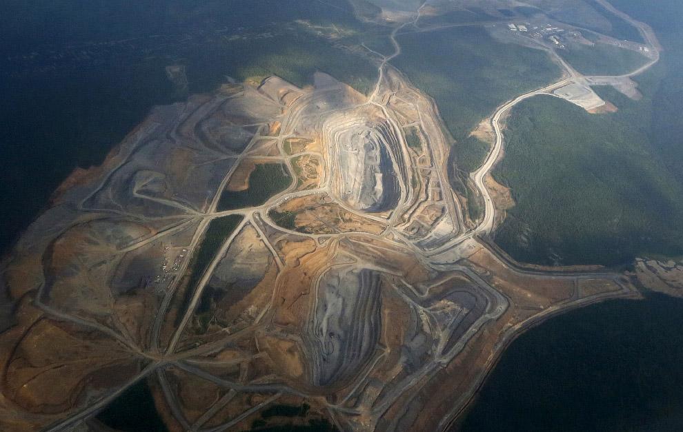 Еще один вид с птичьего полета на золоторудное месторождение Олимпиада
