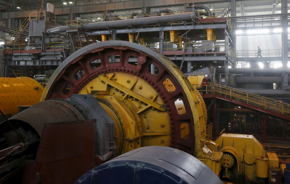 Огромные дробилки для руды
