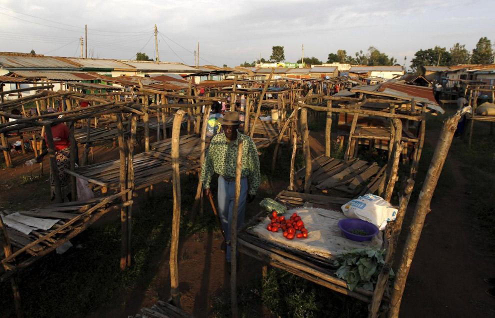 Торговые «киоски» в деревне Когело, Кения