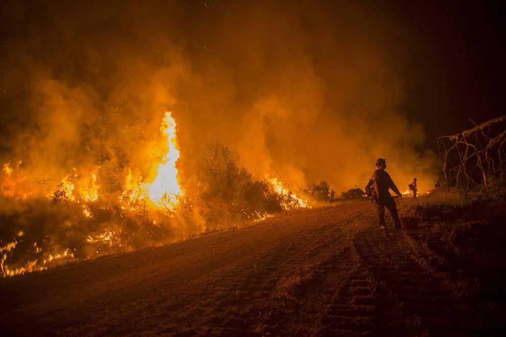 Лето — время пожаров в Калифорнии