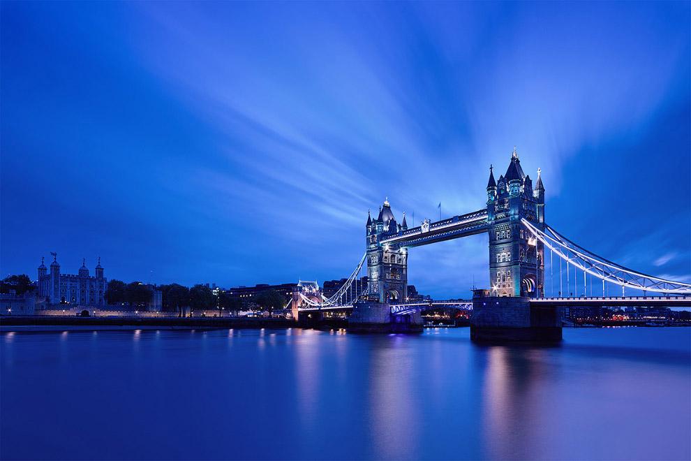 Тауэрский мост в сумерках, Лондон, Великобритания