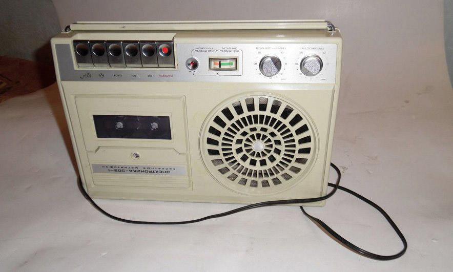 магнитофон «Электроника»