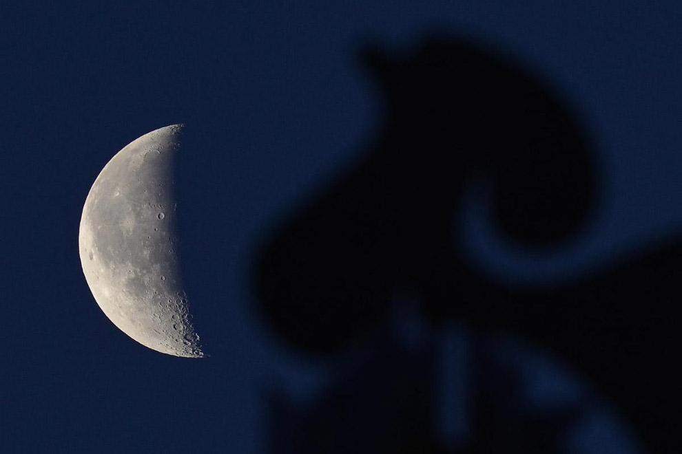 Луна над над Дебреценом, Венгрия