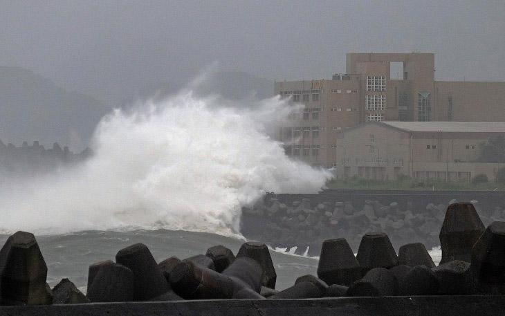 Тайфун Чан-хом в Китае