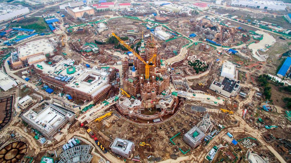 Строительство Диснейленда в Китае