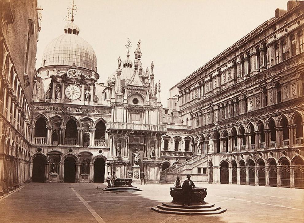 Вид на внутренний двор Дворца Дожей