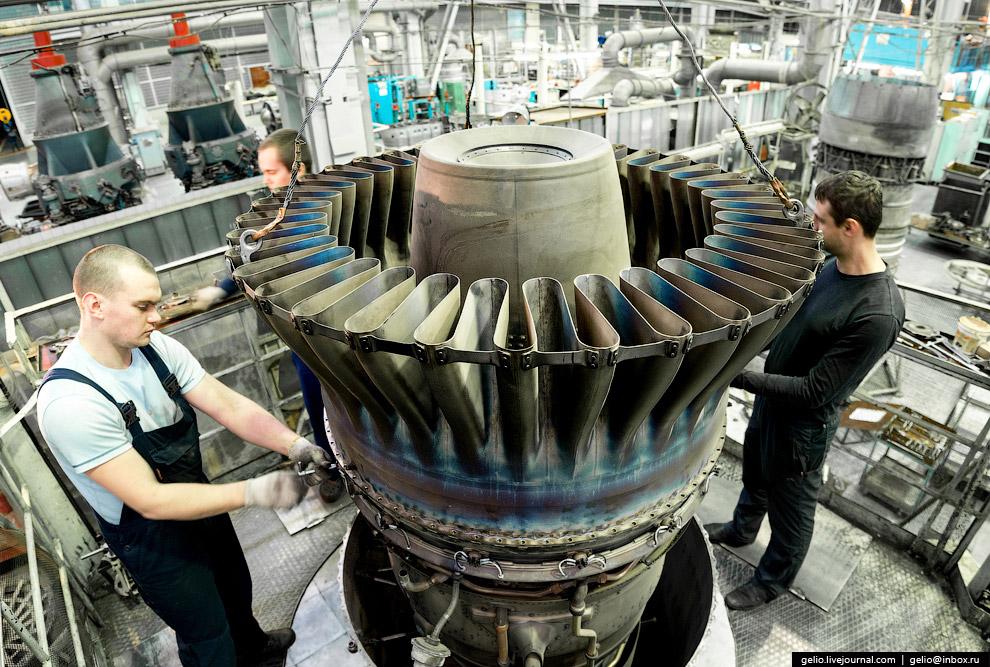 Сборка узла форсажной камеры двигателя НК-32.