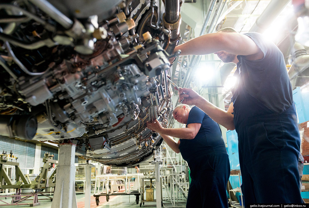Обвязка двигателя НК-25.