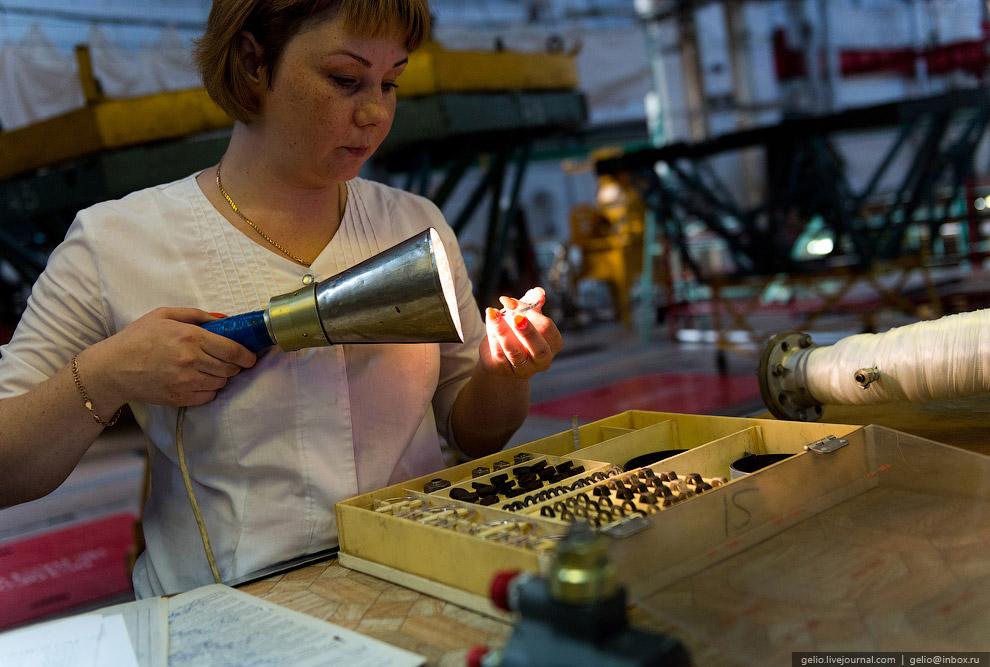 Полный цикл создания ракетного двигателя составляет около 10 месяцев.