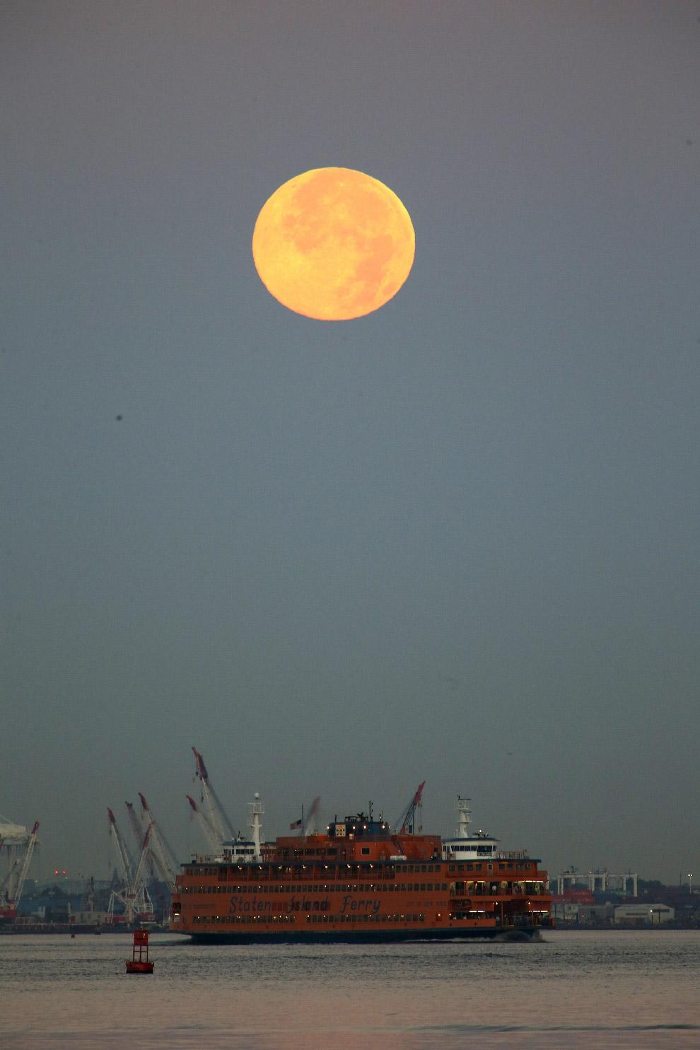 Голубая Луна в Нью-Йорке