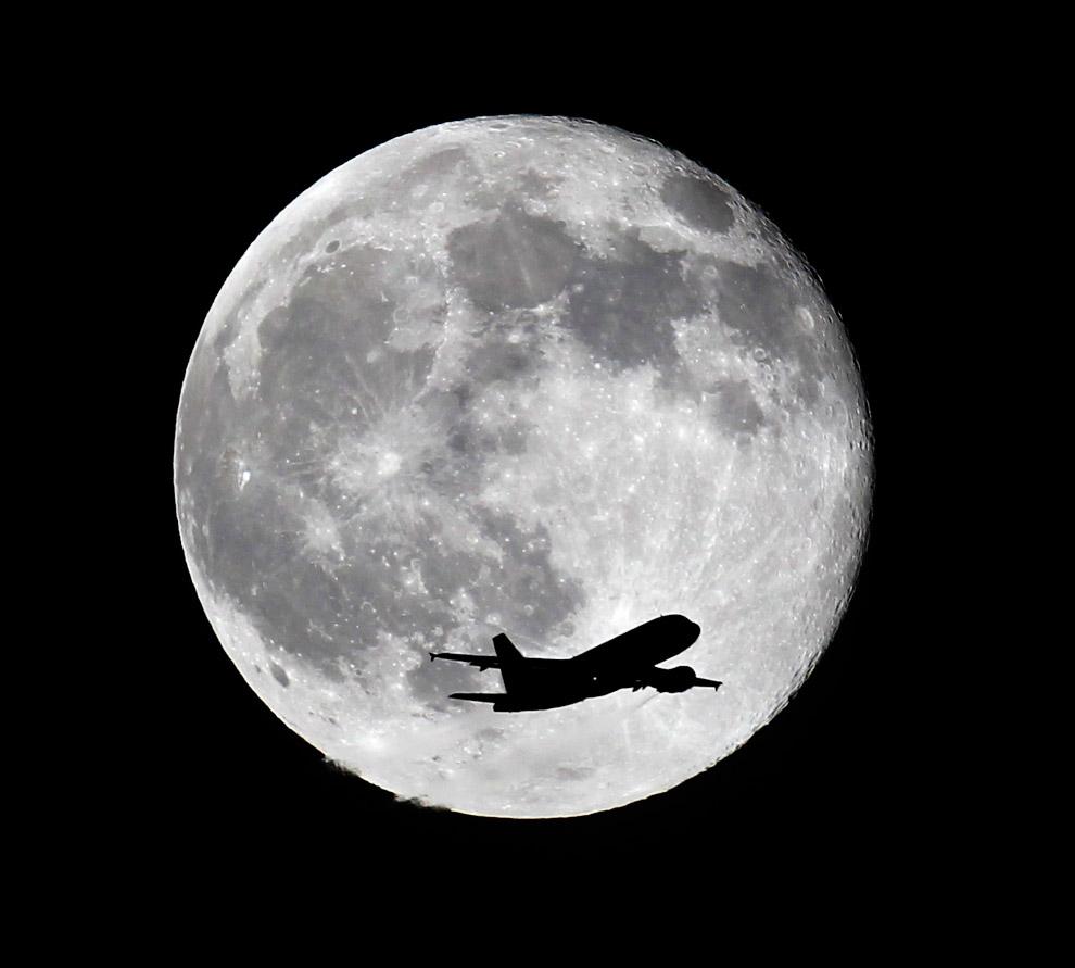 Голубая Луна в Калифорнии