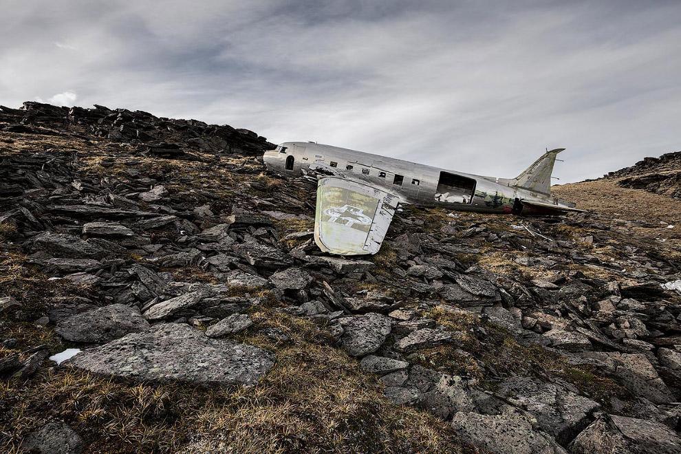 Дуглас C-47 «Скайтрейн» або «Дакота»