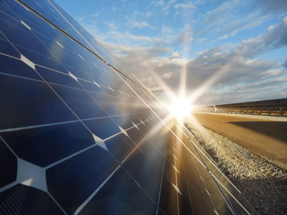 Крупнейшая в мире заполярная солнечная электростанция построена в Якутии