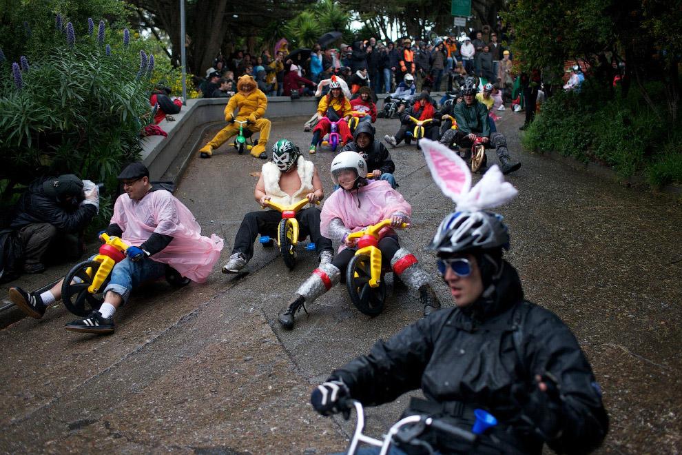 Гонки на трехколёсных велосипедах