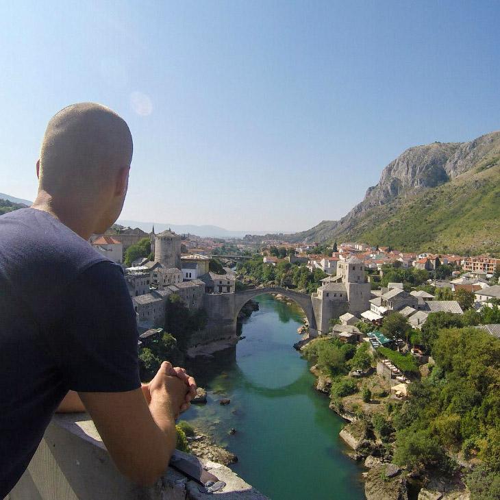 Один из самых интересных городов, которые я видел на Балканах — Мостар в Боснии и Герцеговине