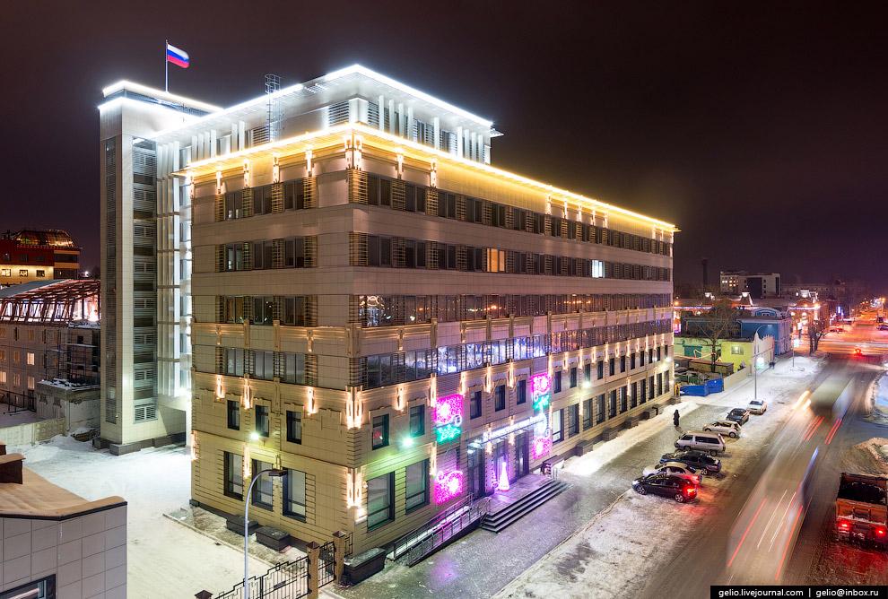 Новое здание Администрации города.