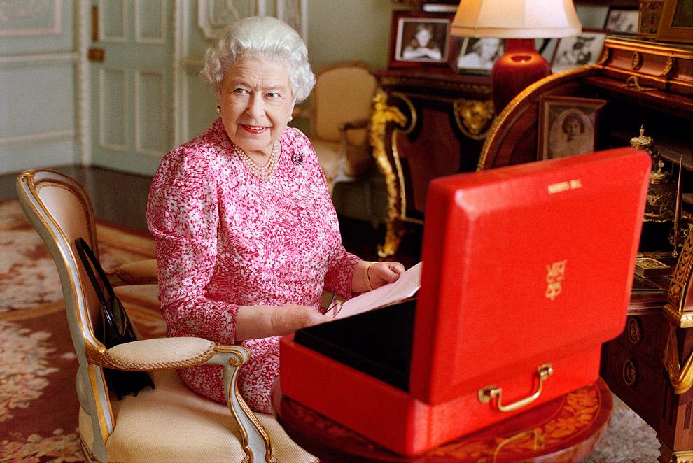 Сейчас королеве 89 лет