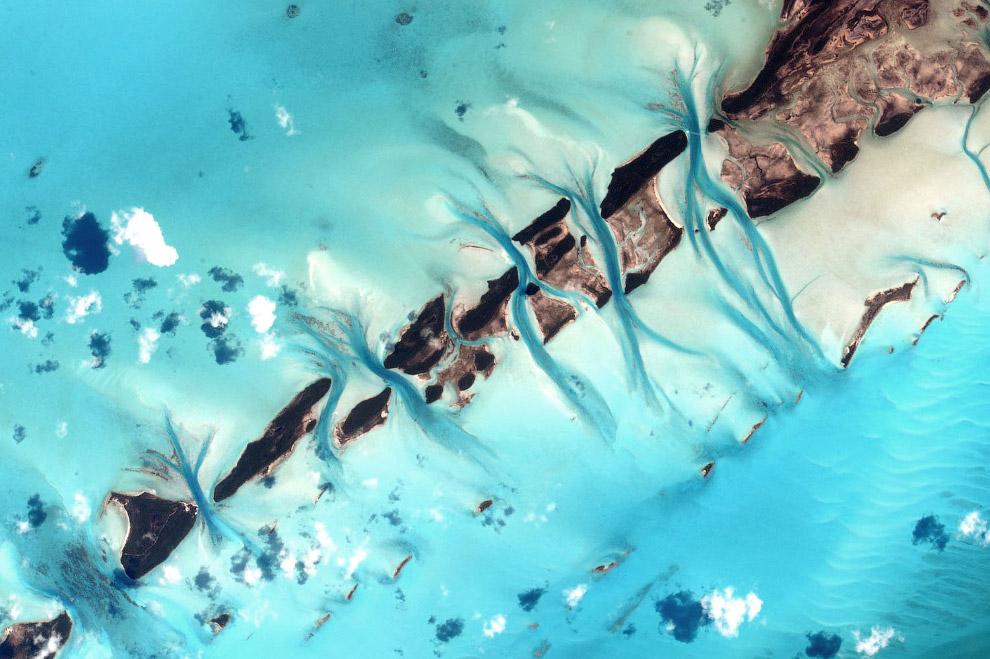 Так выглядят Багамы с Международной космической станции