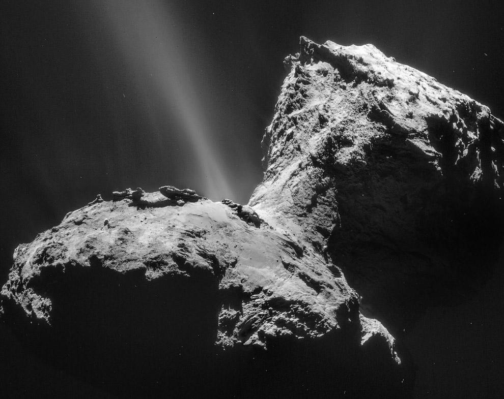 Комета 67P/Чурюмова — Герасименко с 28 километров