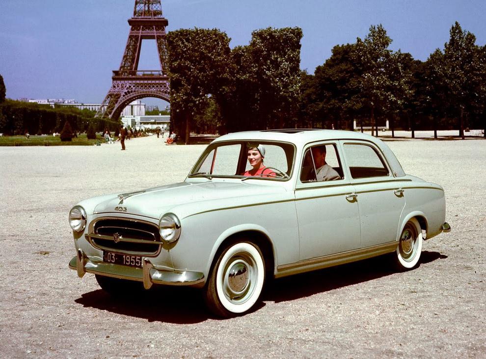 Заднемоторная Tatra 603