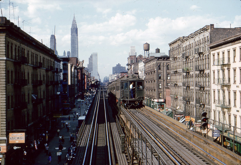 Уходящая натура старого Манхэттена, эстакадное метро на 3-м авеню в середине 1950-х
