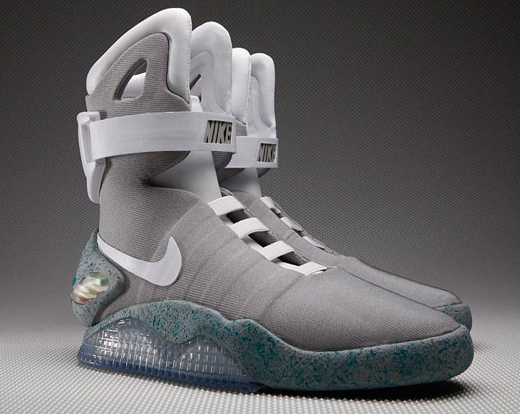 Самозашнуровывающиеся кроссовки Nike