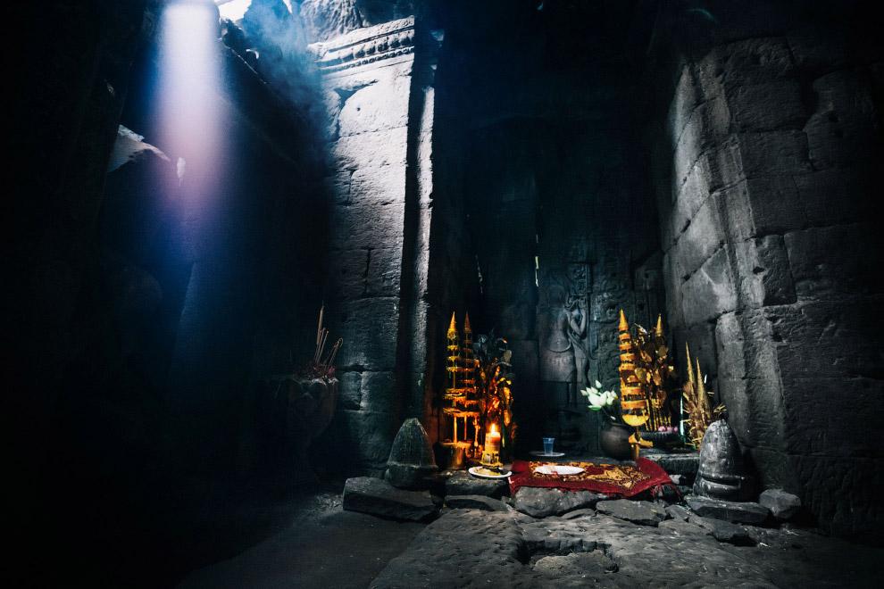 Святыня в храме Та Пром.