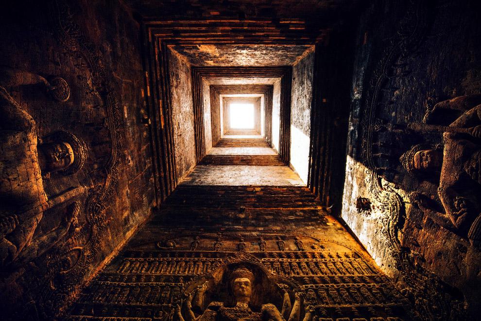 Храмовый комплекс Бантеайсрей