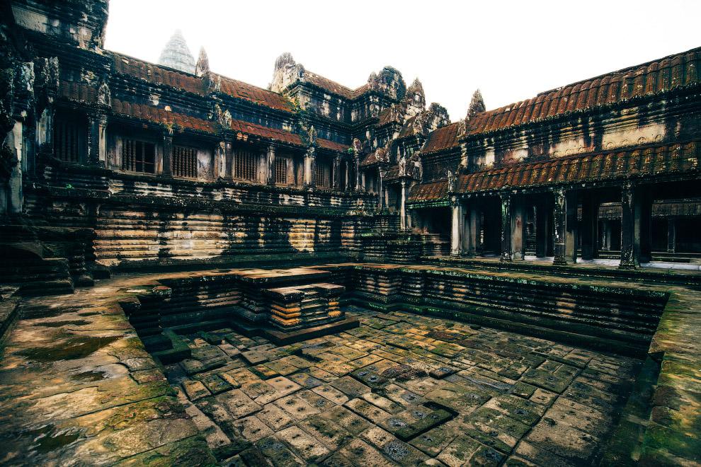 Галерея тисячі будд