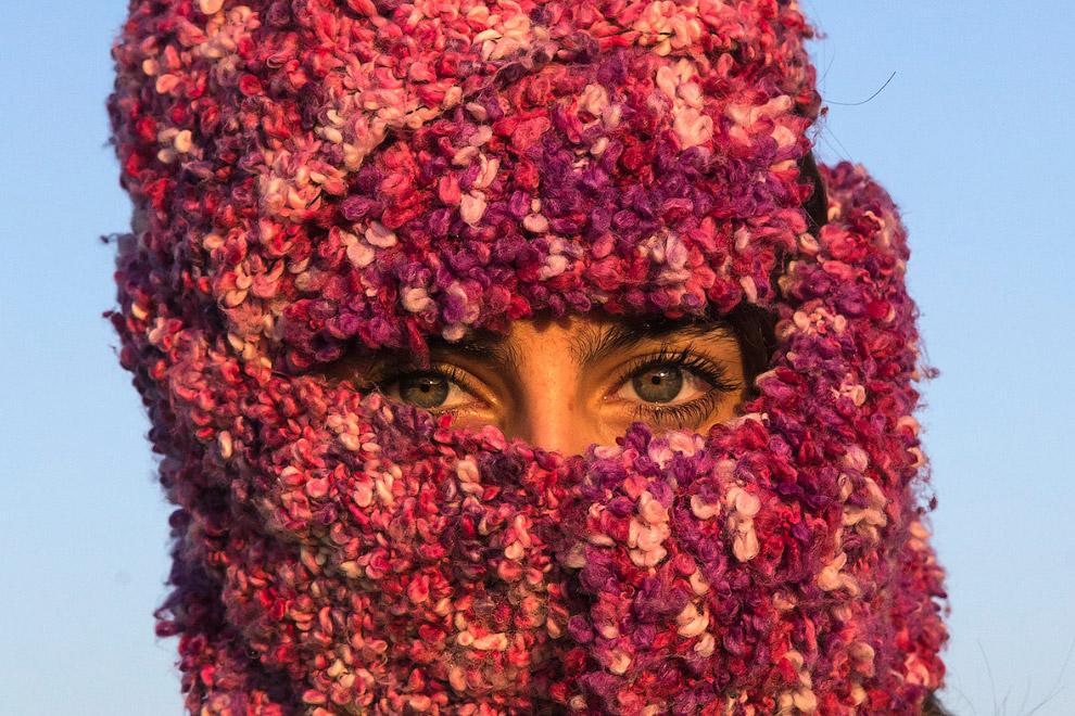 Модница из Сирии ждет пересечения границы