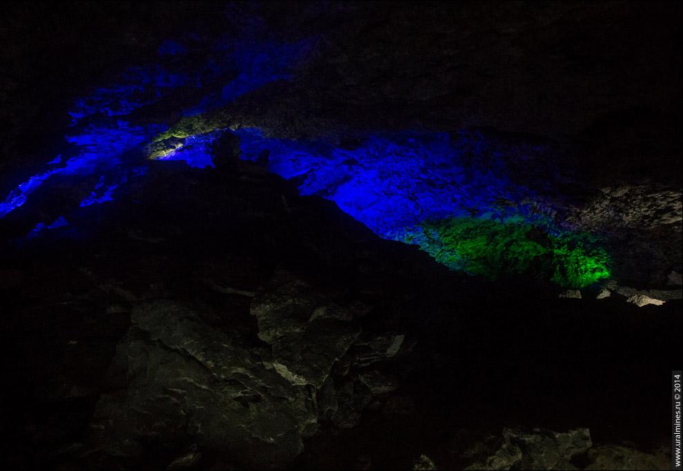 Подсветка в гроте «Руины».