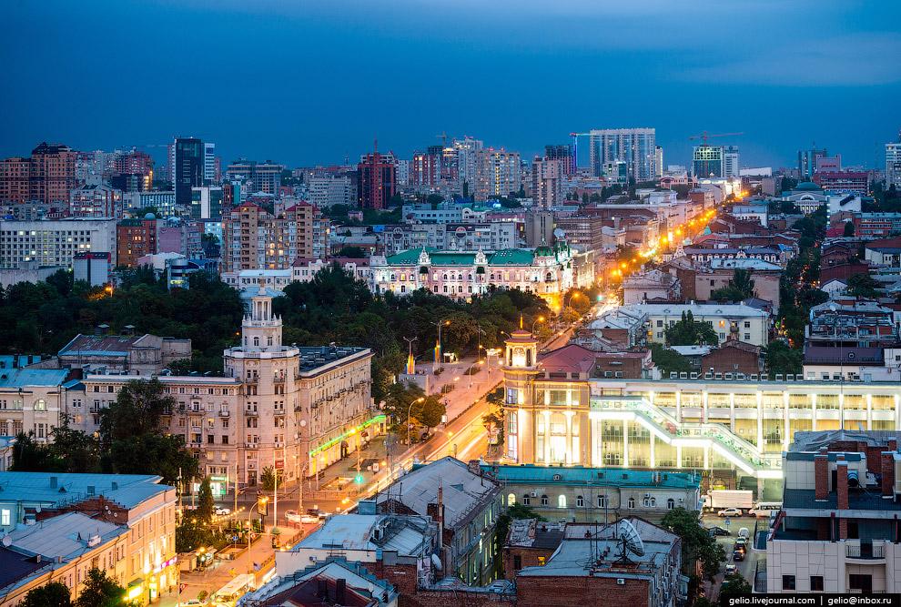 Большая Садовая — главная улица Ростова.