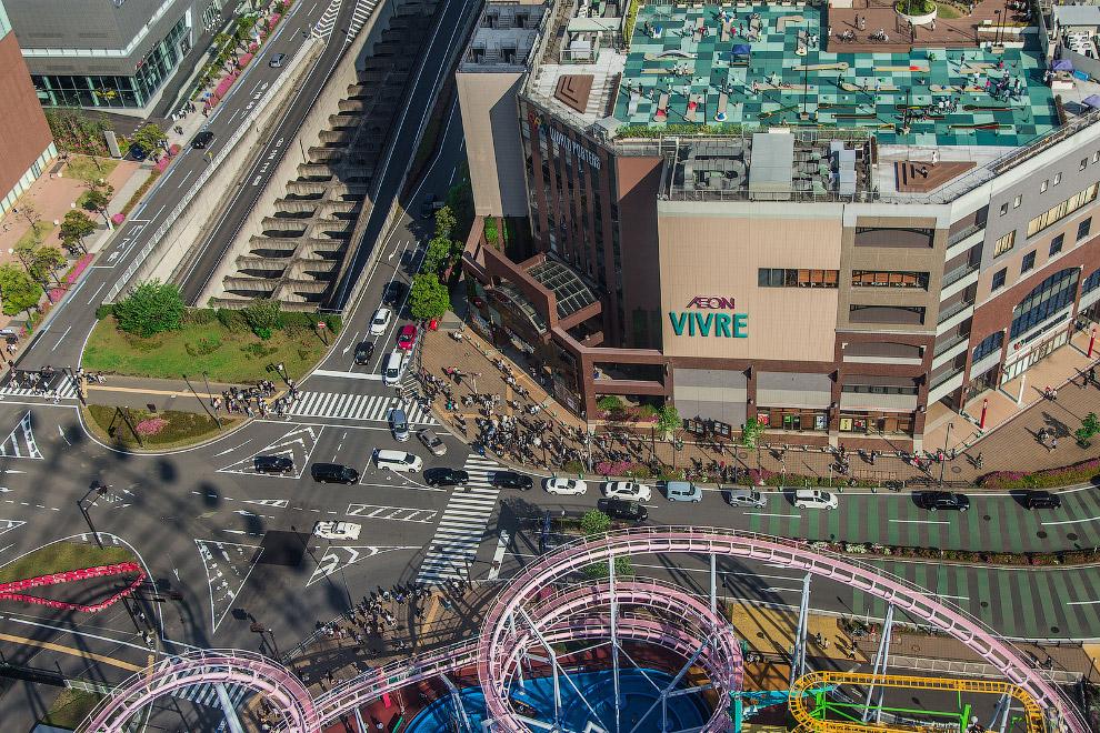 Парк развлечений (Yokohama Cosmo World)