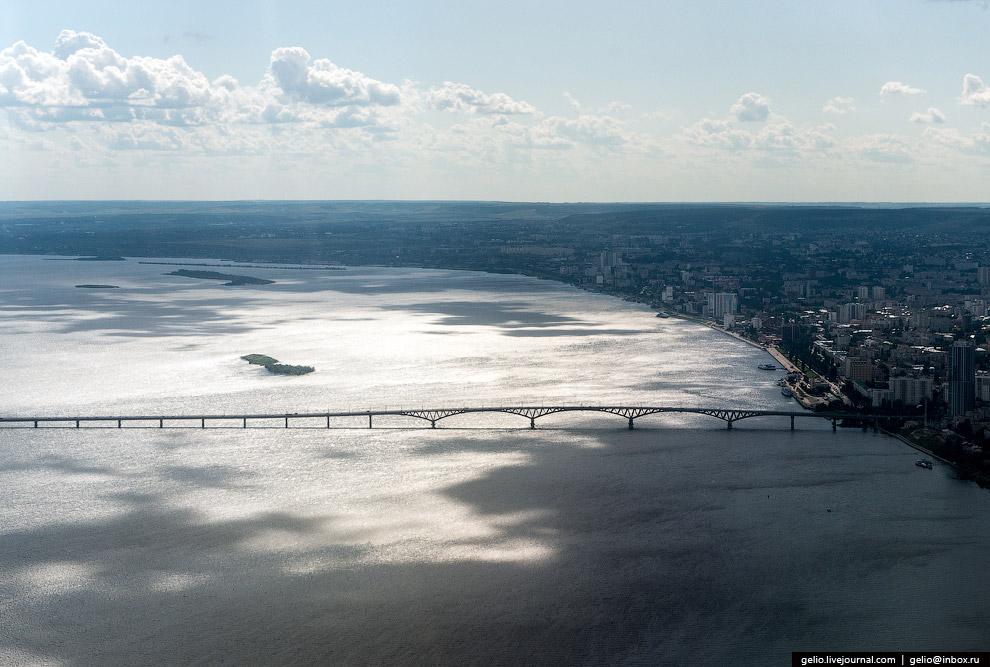 Саратовский мост через Волгу.
